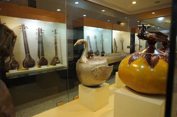 Raja Kelkar Museum