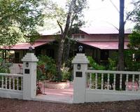 Hotel Woodlands at Matheran