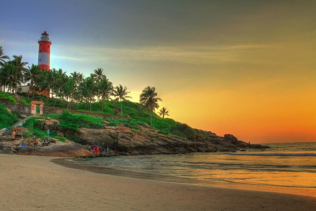 KovalamBeach Best Tourist Places in Kerala you Must Visit