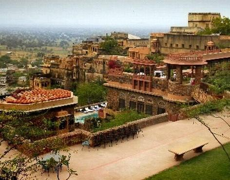 Mandu Fort Palace Ruins1