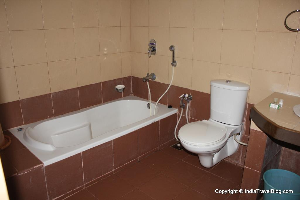 Orchard Holiday Resort - Toilets