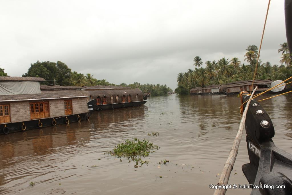 House Boat Cruise in Kumarakam