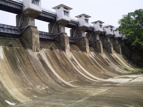 Dimna Dam view