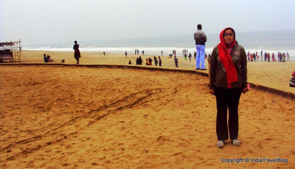 The sandy beaches in Puri