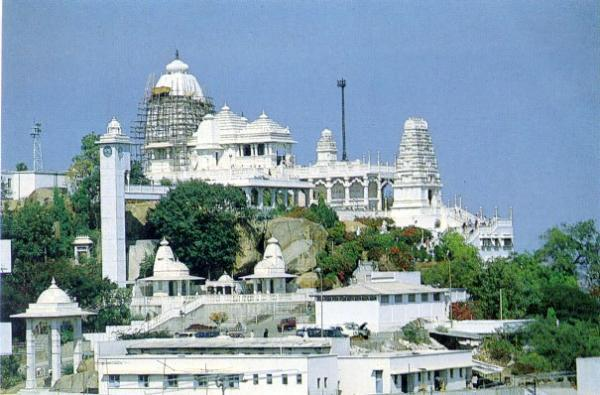 Birla Mandir A Famous Tourist Place To Visit In Hyderabad