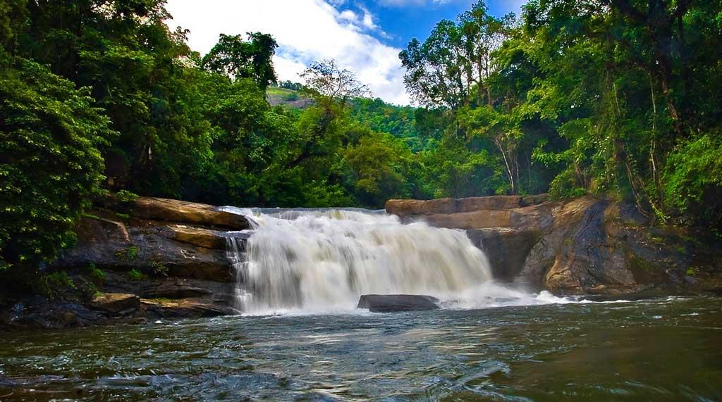ThommanKuthu-Water-falls