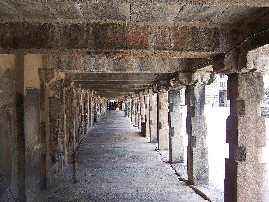 Belur and Mullayanagiri tourist place in Karnataka