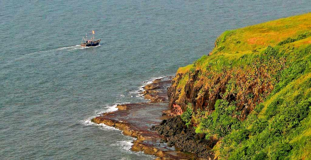best places to visit in maharashtra ratnagiri