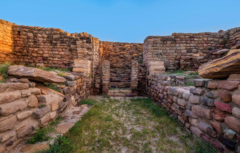 Dholavira,Best Tourist Places in Gujarat