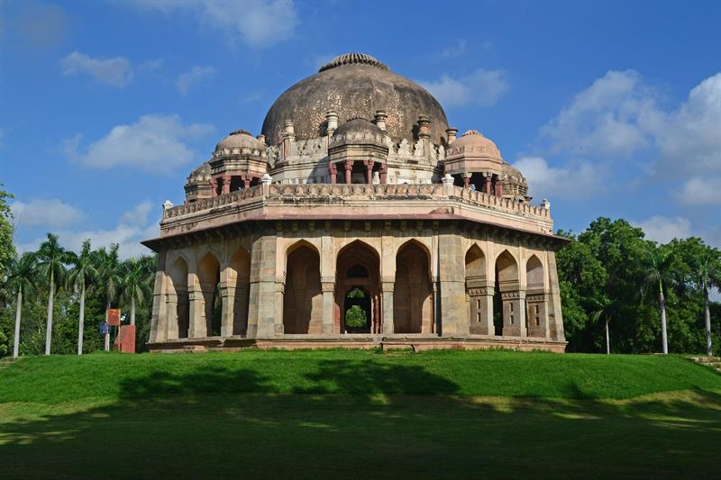 Lodhi Garden,Best Tourist Places in Delhi - Tourism in Delhi