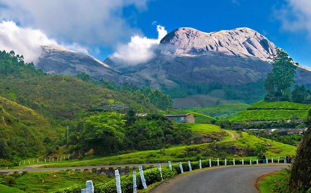 of-munnar-the-most-romatic-places-in-kerala