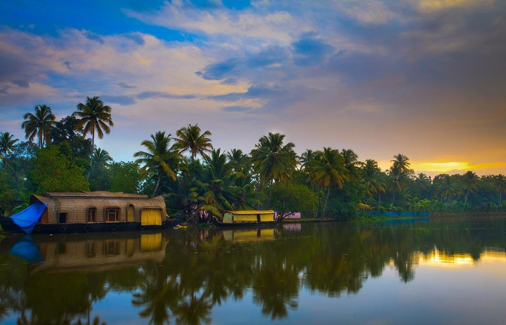 Kumarakom-Most-Romantic-Places-in-Kerala