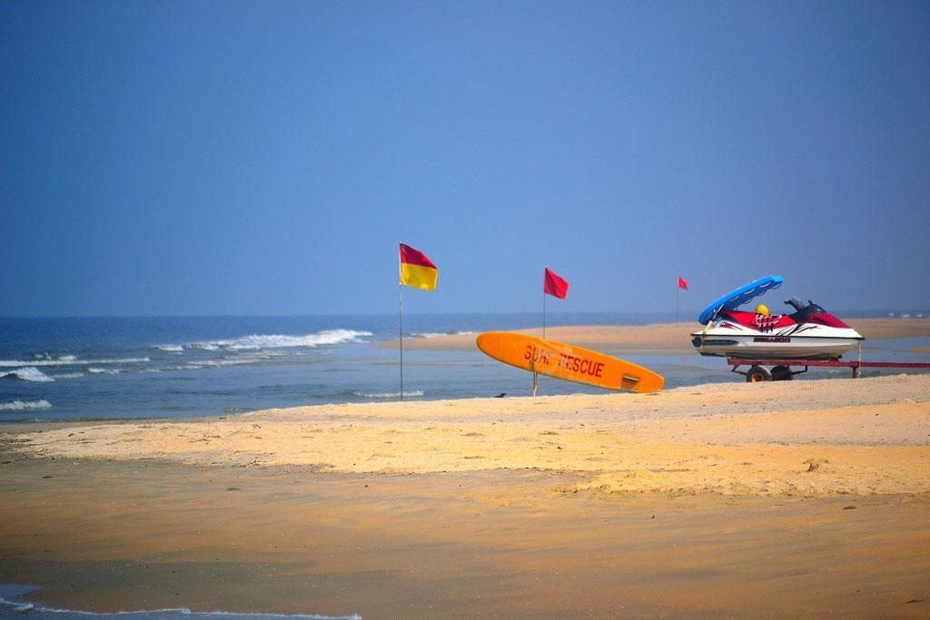 Adventure-activities-in-Mobor-Beach-Goa
