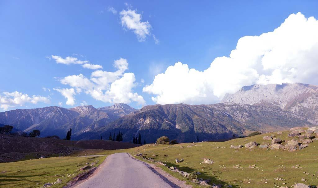 roads-in-sonmarg