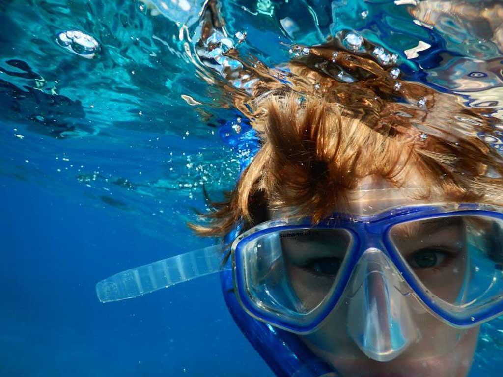 snorkeling-in-ocean