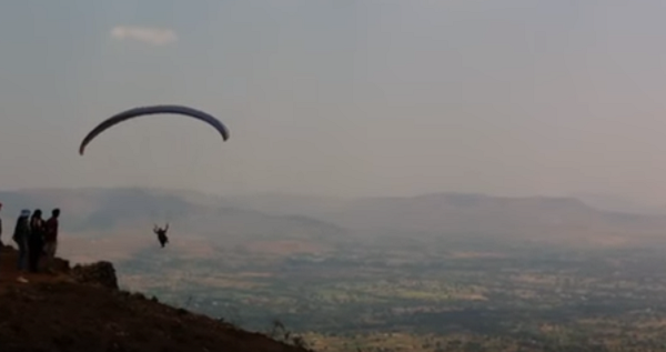 Panchgani Mahabaleshwar Paragliding destination in India