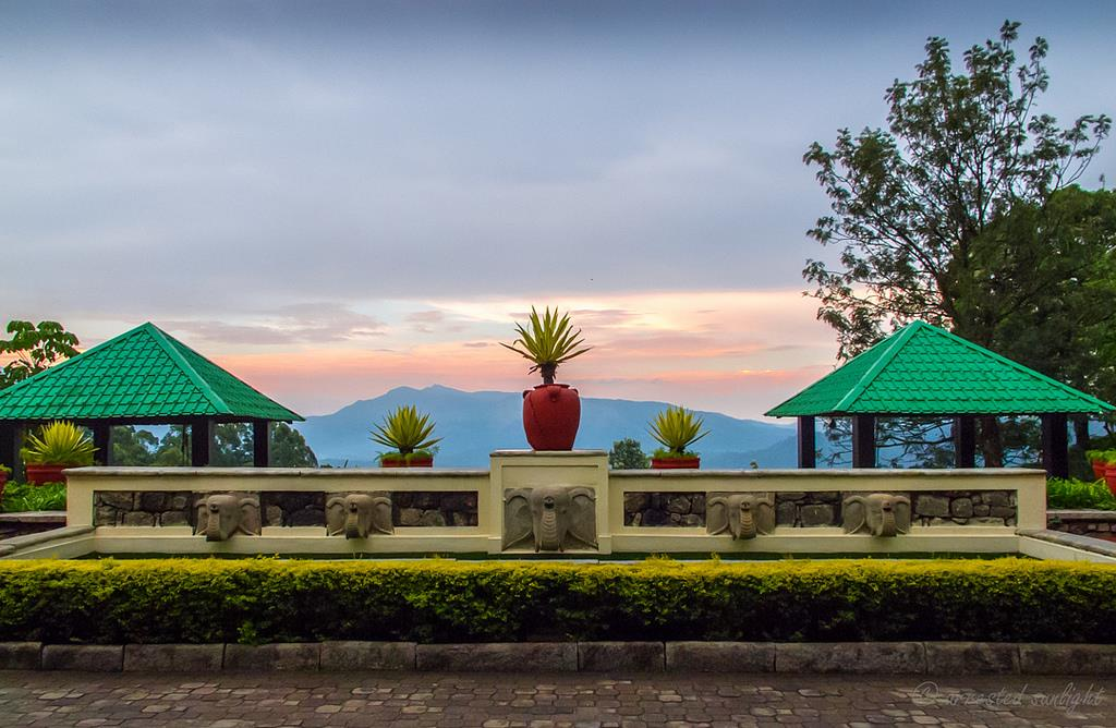 Resorts in amboli