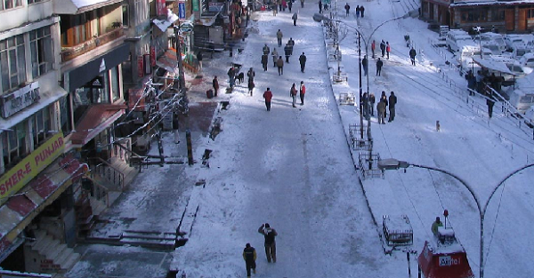 Manali a snowfall destination India