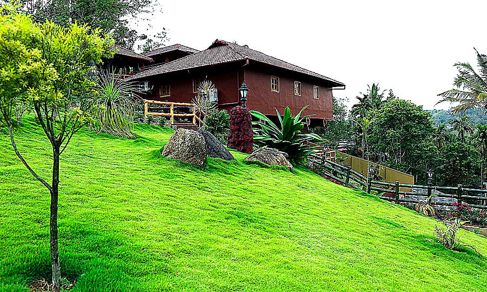 Hotel Sheelisach Inn Family Resort in Wayanad