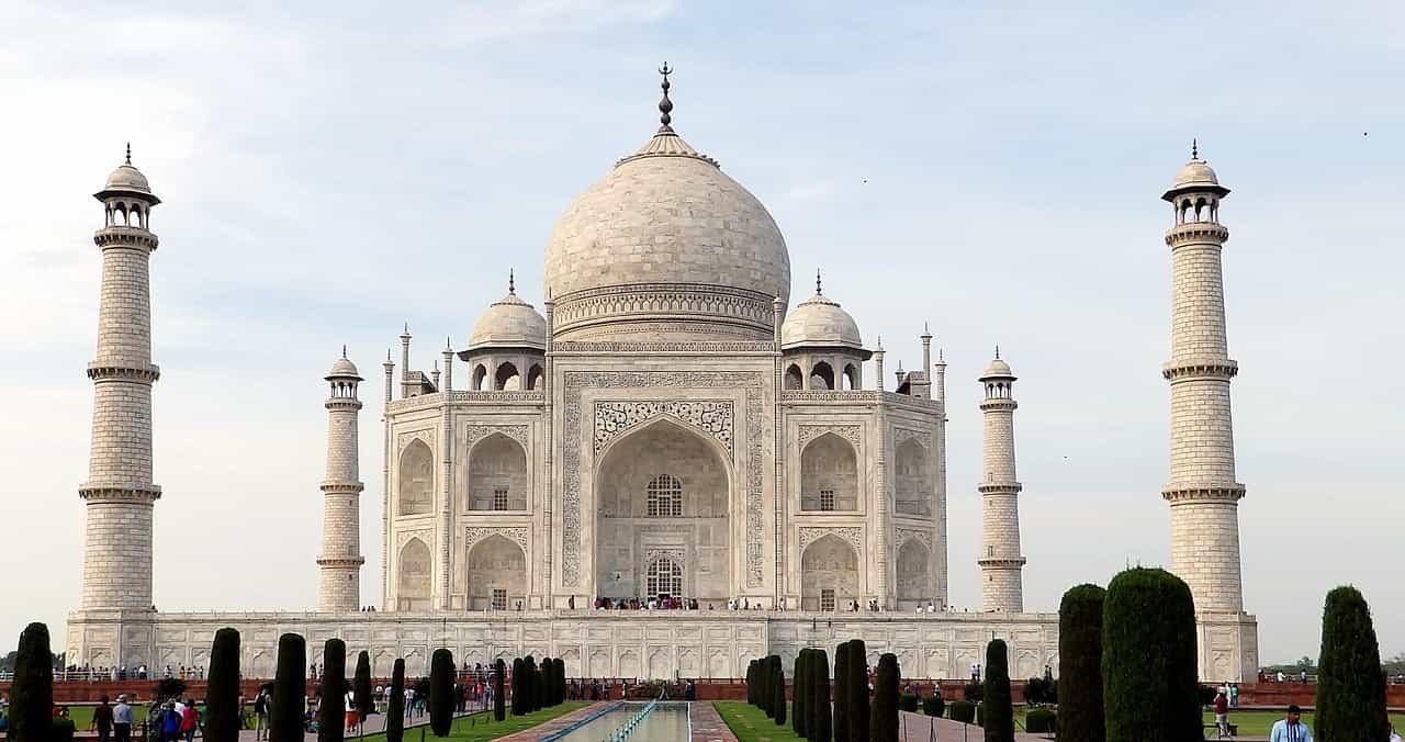 Tips for UK Families Visiting India-Taj Mahal