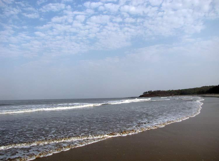 Beaches in Maharashtra-Marve-Beach