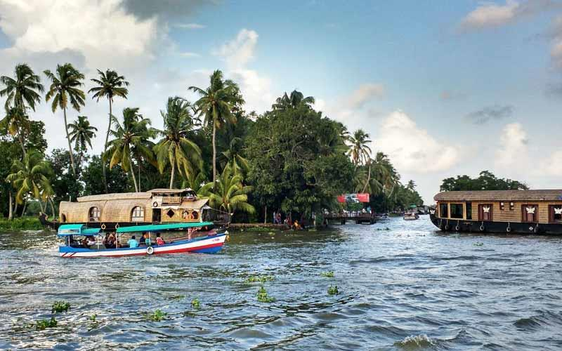 alleppey -backwaters in kerala