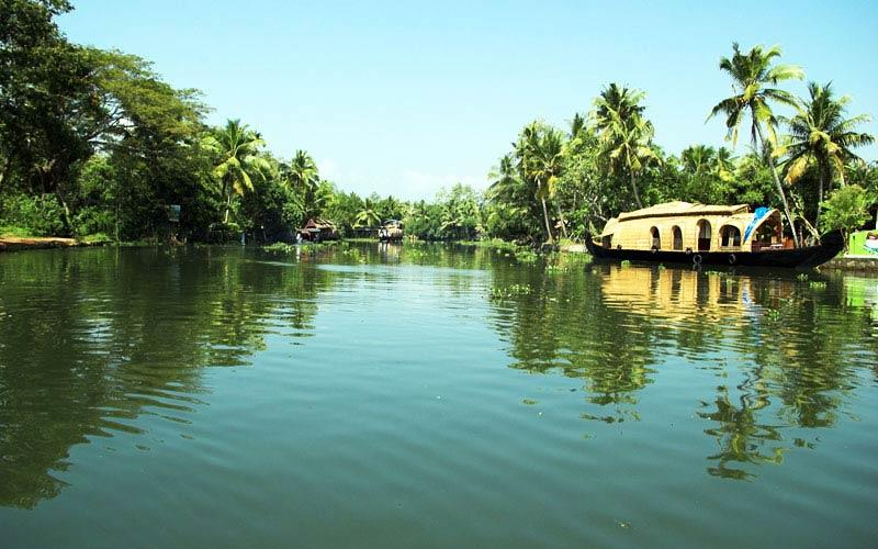 kasargod-backwaters in kerala