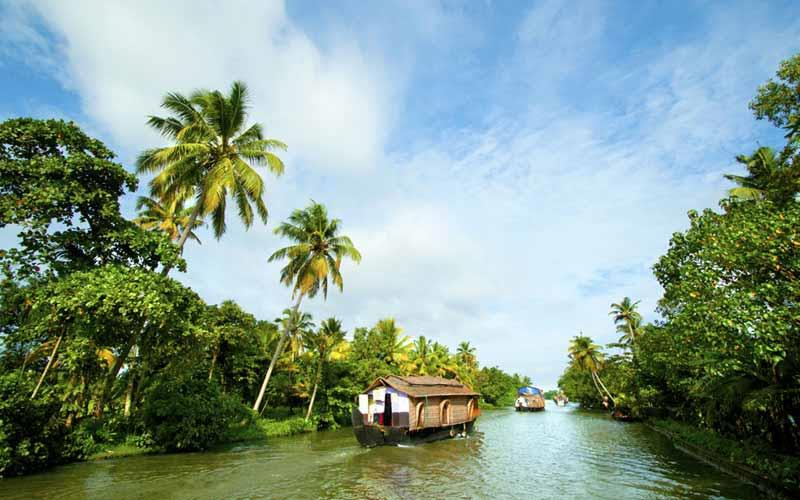 kumarakom-backwaters in kerala