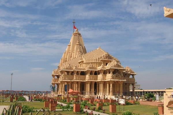 Somnath-Famous Shiva Temples in India