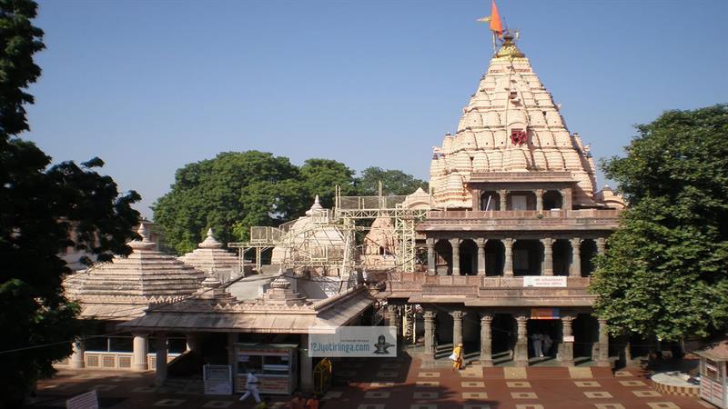Mahakaleshwar-Famous Shiva Temples in India