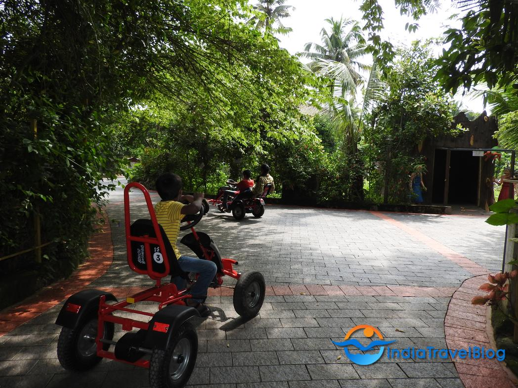 Mango Meadows Resort Kaduthuruthy