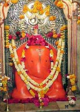 Idol of Chintamani Vinayak temple at Theur near Pune