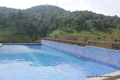 Swimming pool in Wayanad Gate Hotel