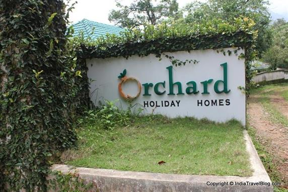 Orchard Holiday Resort - Entrance