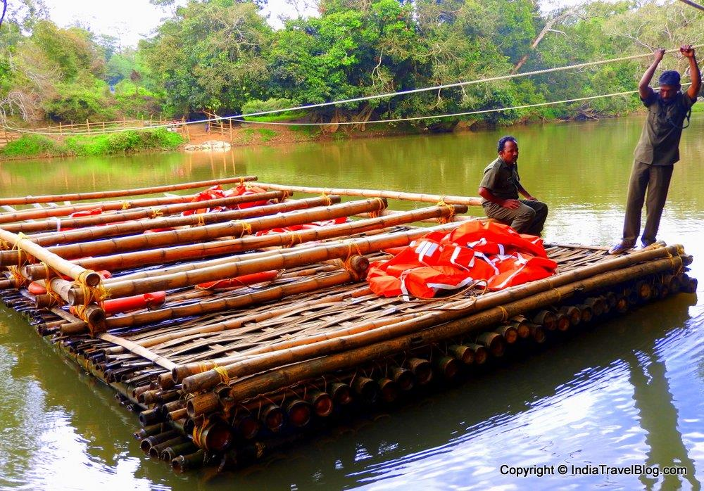 The bamboo raft in Kuruva Island