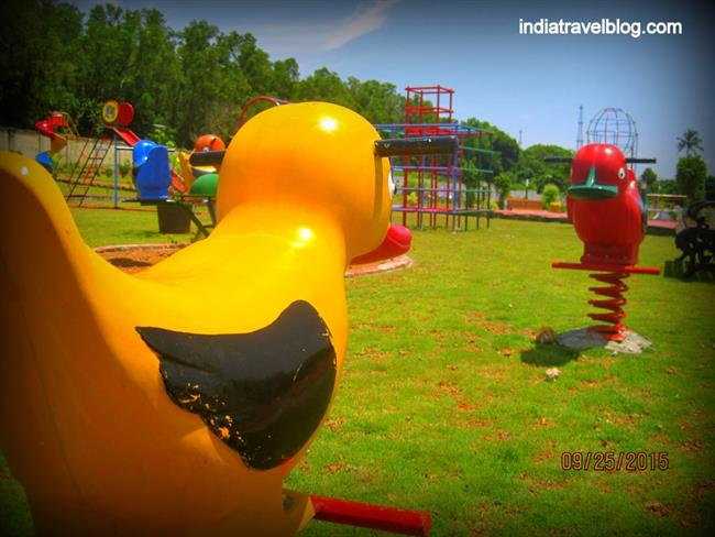Play equipments in Kochi Science park