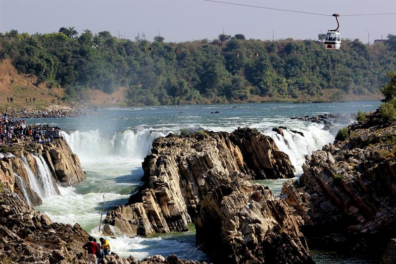 Mighty Narmada River & Dhuandhar Falls